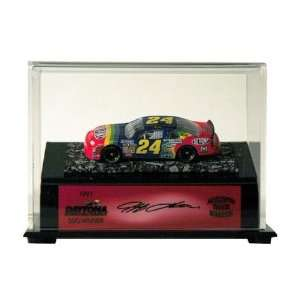 Mounted Memories Jeff Gordon Daytona Win 164 Die Cast Car on Piece of