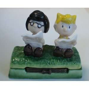 Peanuts Snoopy Marcy and Sally Ceramic Hinged Box