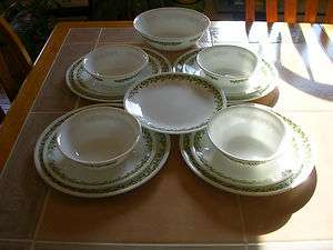 14 PC SET RETRO CORELLE SPRING BLOSSOM CRAZY DAISY DINNERWARE DINNER