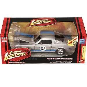 RC2 Johnny Lightning   Ford Mustang Hard Top (1965, 1:24
