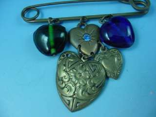 WORKS STUDIO METAL & GLASS HEARTS MOTIF CHARM NECKLACE AND PIN