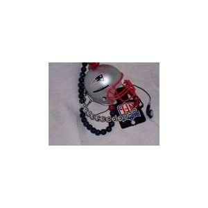 NFL New England Patriots Helmet Mardi Gras Bead AM/FM Radio *SALE