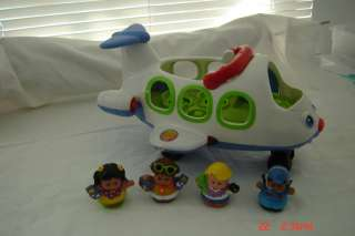 FISHER PRICE LITTLE PEOPLE LIL MOVER AIRPLANE AND PEOPLE