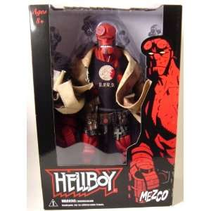 Hellboy Comic Book 18 Figure   Px Battle Damaged Toys & Games