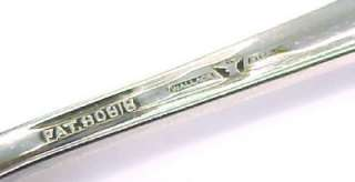 WALLACE ~ Vintage Sterling Silver Engraved Sugar Cube / Ice Cube Tongs
