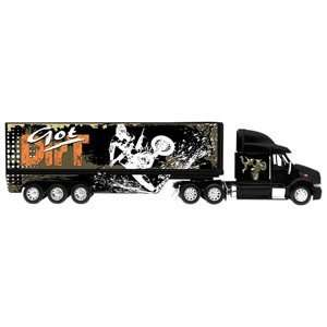 New Ray Toys Got Dirt Long Haul Truck 132 Scale Toy Toys & Games