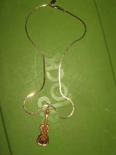 AMERICAN SHOWCASE GOLD TONE ROPE CHAIN NECKLACE WITH VIOLIN PENDANT