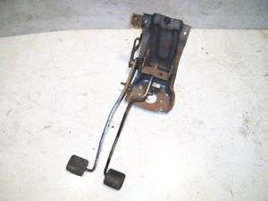 Jeep Wrangler YJ Clutch Brake Pedal Bracket Assembly 1994 1995