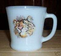 ANCHOR HOCKING FIRE KING CUP MUG WHITE MILK GLASS TIGER