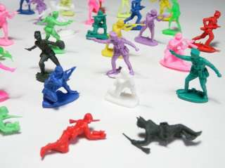 Lot 30 Vintage Plastic Toy War Soldiers US Army Figure