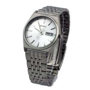 Seiko Quartz Day and Date Watch Model SJN045P1