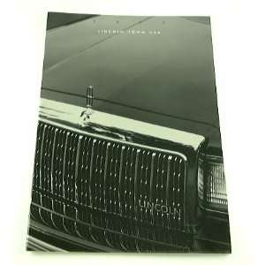 1993 93 Lincoln TOWN CAR BROCHURE Cartier Executive Everything Else