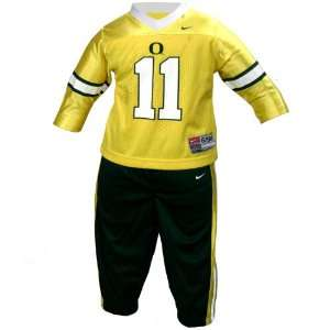 Nike Oregon Ducks #11 Infant 2 Piece Football Suit: Sports & Outdoors
