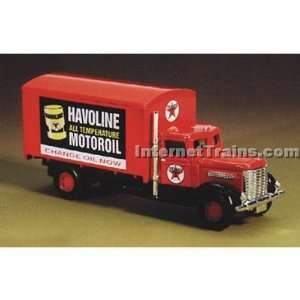 IMEX HO Scale Peterbilt Box Truck   Texaco Havoline: Toys & Games