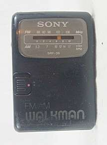 sony walkman am fm srf 39 portable stereo the radio works great