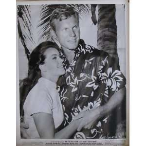 Susan Hart & Tab Hunter In Ride The Wild Surf , Original
