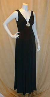 New Long Ivory Maternity Dress Brooch Wedding SMALL Formal Maxi Gown